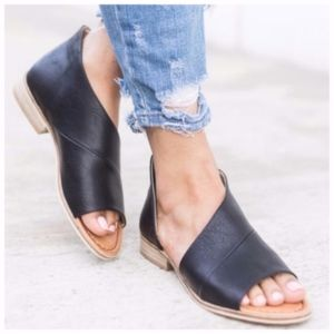 Shoes - QWENN Cut Out Flats - BLACK